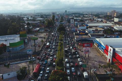 #VivirEnElTráfico Dos horas diarias, para llegar de casa al trabajo