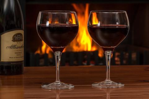 """Según expertos, consumir vino puede ayudar a """"limpiar"""" el cerebro"""