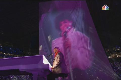 "Justin Timberlake usó ""sin permiso"" holograma de Prince en Super Bowl"