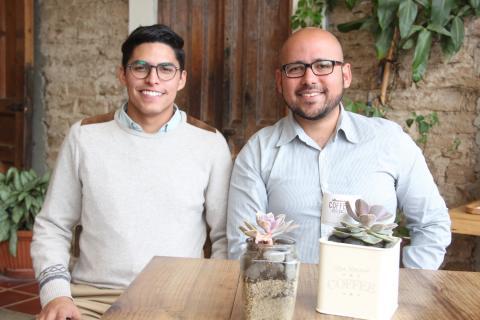 Roberto y Aaron, dos emprendedores que se esmeran por un mejor país