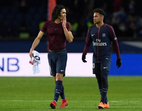 El noble gesto de Cavani para que el público ovacionara a Neymar