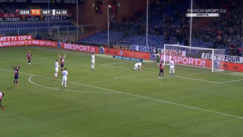 El insólito autogol que sentenció el partido del Inter de Milán