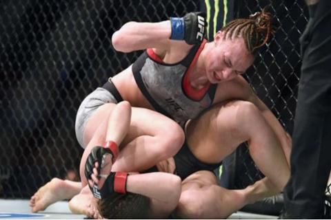 Luchadora queda con el rostro desfigurado tras brutal paliza en la UFC