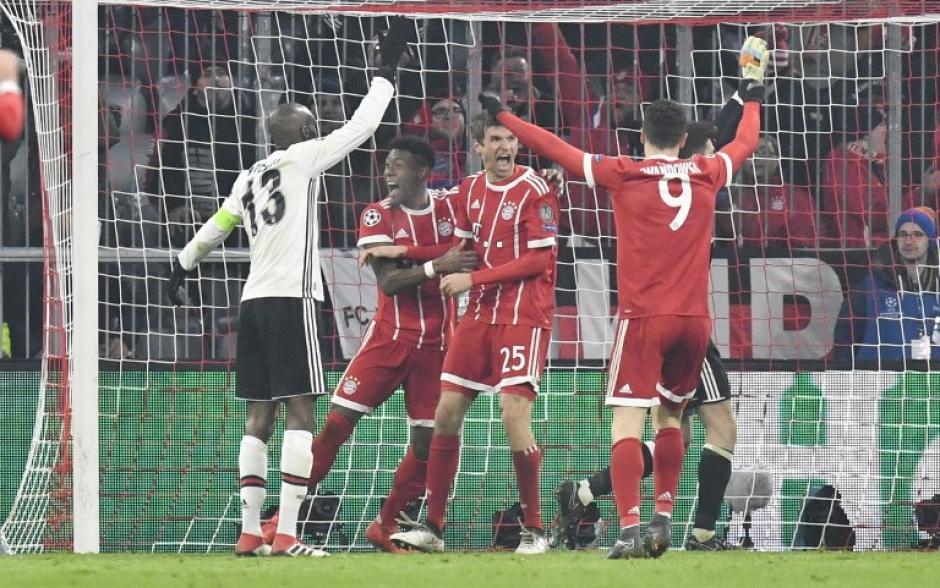 El Bayern Múnich está casi clasificado al humillar al Besiktas