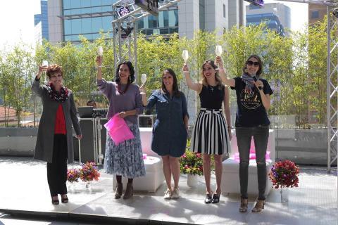 Emprendedoras reúnen sus marcas en una creativa feria