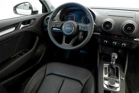 Vive la experiencia de recorrer Guatemala en un Audi A3