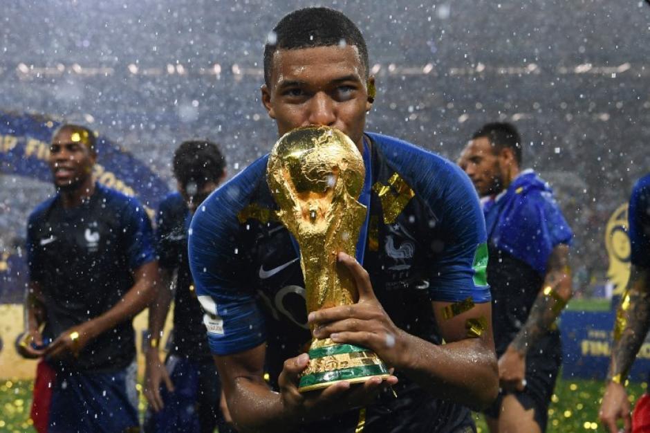 Ante las numerosas propuestas Mbappé ya decidió donde jugará