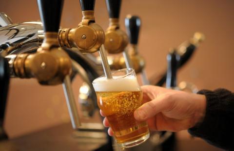 Guía básica para hacer tu propia cerveza artesanal