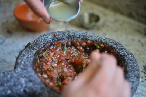"""""""Somos un chirmol"""", el restaurante itinerante con sabores de Guatemala"""