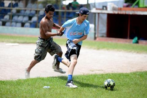 Una de las canchas de fútbol más extrañas del mundo está en Guatemala