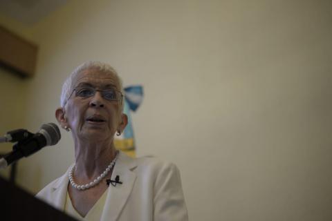 Renuncia Adela Camacho por desinterés del Ejecutivo en reforma a PNC