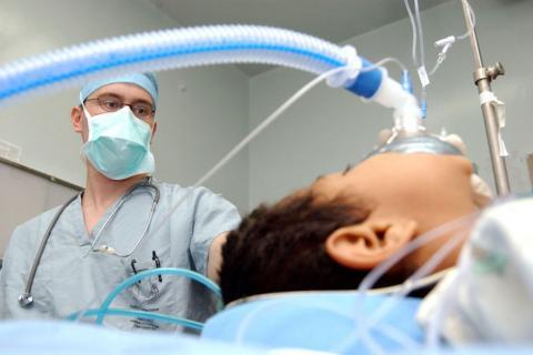Esto le hace la anestesia al cerebro para dejarlo inconsciente