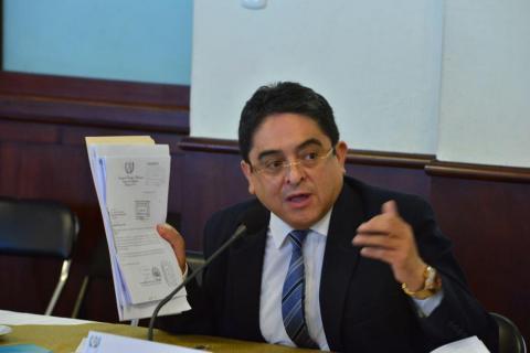 CSJ pide explicación al PDH antes de resolver amparo por embajador