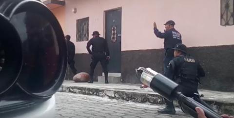 Delincuentes se atrincheran en una vivienda tras atacar a la PNC