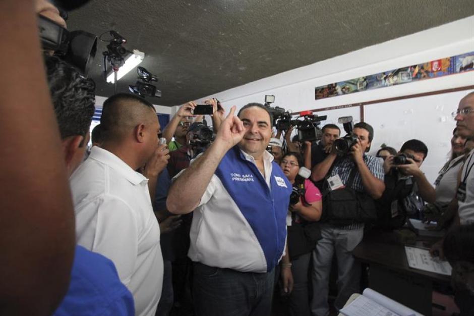 El Salvador va a segunda vuelta, con la mirada puesta en Saca