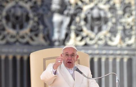 """Papa Francisco: La Iglesia no quiere """"dinero sucio"""" de explotadores"""