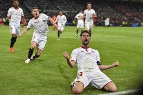 Sevilla vence al Liverpool y sigue siendo el rey de la Europa League