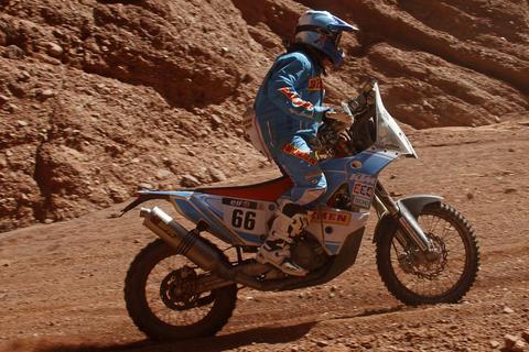 Francisco Arredondo se enfrentó a problemas mecánicos en el Dakar