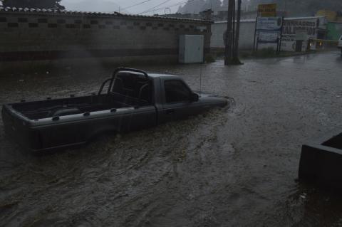 Inundaciones en Quetzaltenango por lluvia y desborde de río