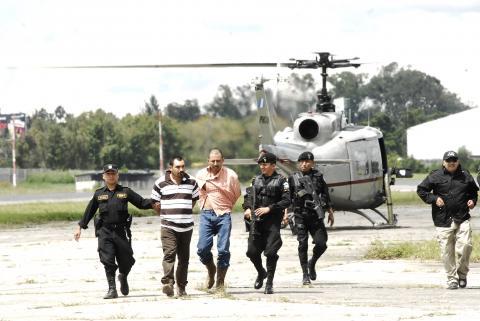 Presuntos narcotraficantes son trasladados a la capital