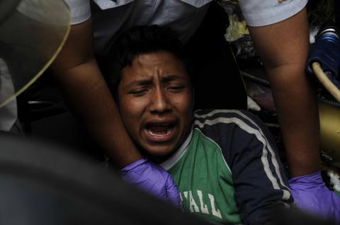 Pedro, el joven que se salvó de morir bajo una montaña de basura