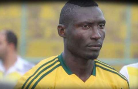 Fanáticos matan de una pedrada a futbolista en Argelia