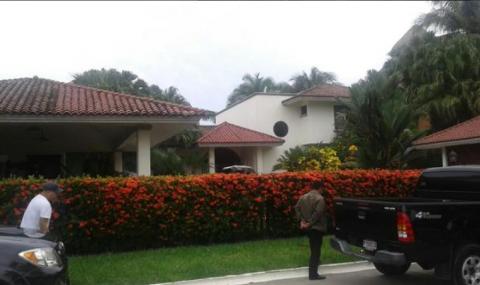 Así es la casa de Baldetti en Juan Gaviota, que ya fue inmovilizada