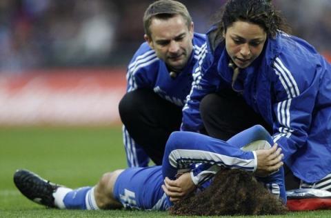 En un partido sin goles, lo más atractivo fue la doctora del Chelsea