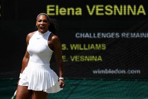 Serena Williams avanza sin problemas a la final de Wimbledon