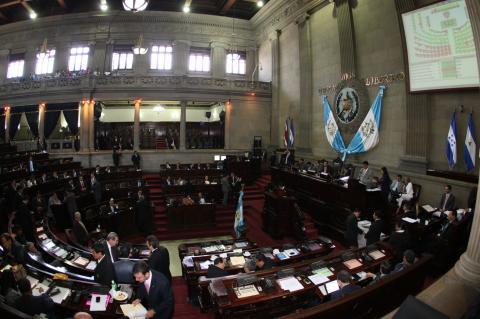 Discusión de presupuesto divide al Congreso de la República