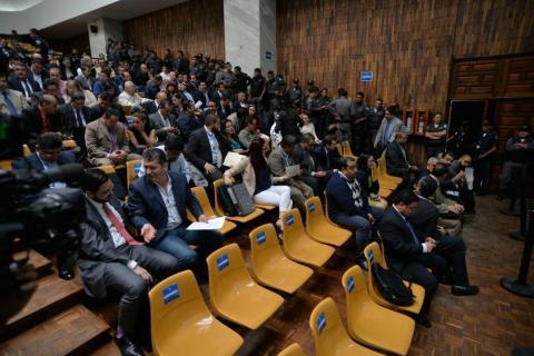 Acusados de corrupción podrían reducir sus condenas si confiesan