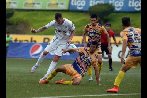 Comunicaciones puede darle el liderato del torneo Clausura a Municipal