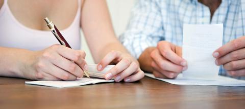Seis consejos para que el dinero no acabe con tu relación en pareja