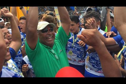 Tras ganar el campeonato, Duglas Zamora quedaría fuera de Suchi