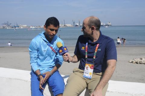 Alberto Lati de Televisa entrevista a Erick Barrondo