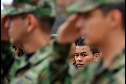 """Las FARC despiden a García Márquez: """"soñamos y haremos la paz"""""""