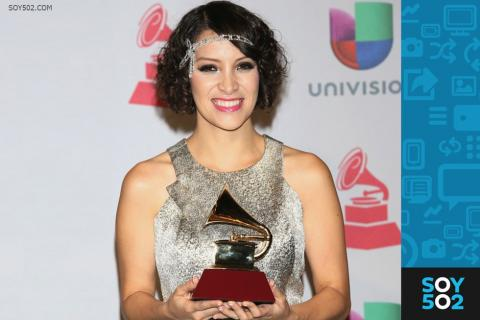 Artistas guatemaltecos felicitan a través de Twitter Gaby Moreno