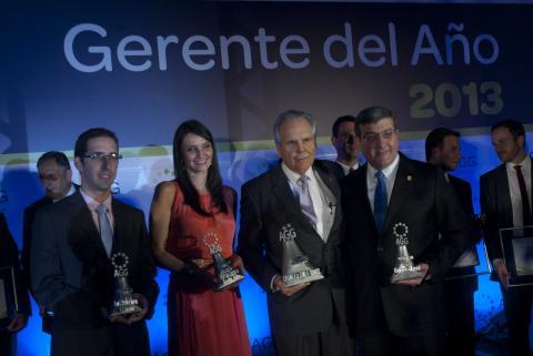 Premian a los mejores gerentes del año