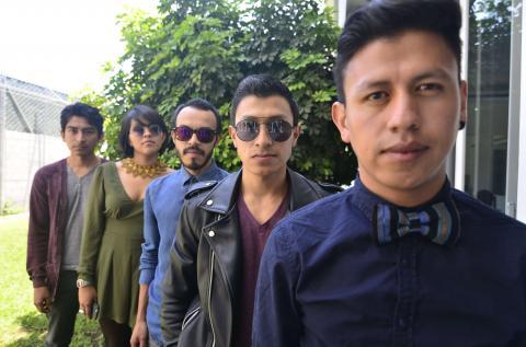 """La banda guatemalteca De la Rut nos muestra su """"Sonrisa Laser"""""""