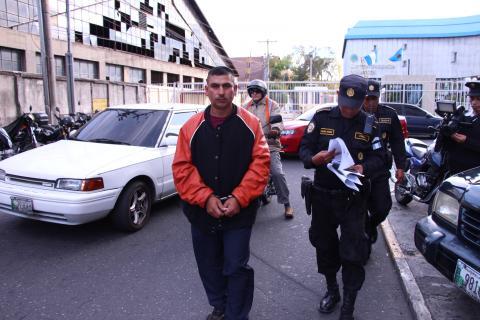 Capturado al solicitar antecedentes policiales tenía 6 años prófugo