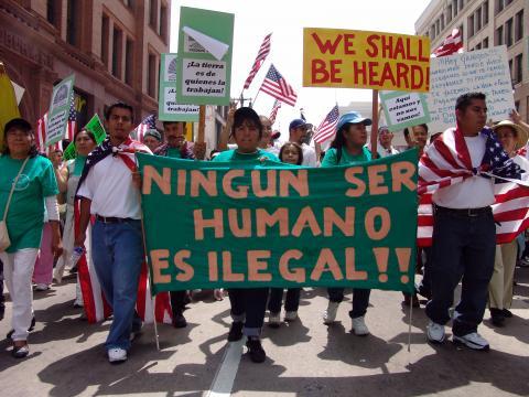 Solicitudes de medidas migratorias a EE.UU. por jóvenes, casi 800 mil