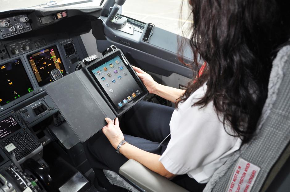 EE.UU. aprueba el uso de electrónicos en todas las fases del vuelo