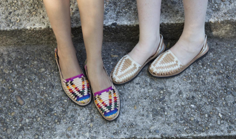 """""""Ix"""", las sandalias guatemaltecas que invaden las vitrinas de GAP"""