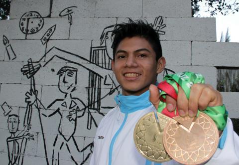 Jorge Vega, el pequeño gimnasta que se volvió gigante