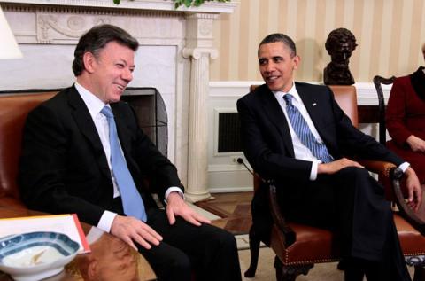 """Obama pide 450 millones de dólares para nuevo plan """"Paz Colombia"""""""