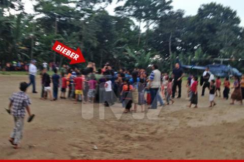 Justin Bieber vive emotivo día en obra social de Guatemala