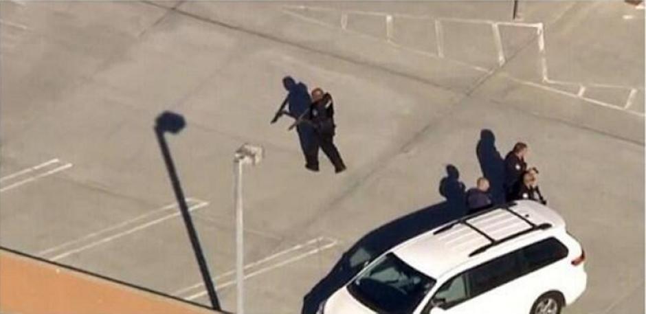 El primer reporte del ataque en LAX llegó por Twitter