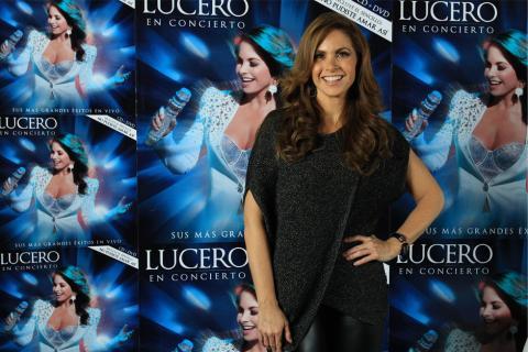 Lucero presenta con un disco el viaje por sus 33 años de carrera