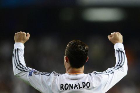 """Cristiano Ronaldo es el """"Mejor Goleador Internacional de 2013"""""""