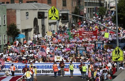 Miles de inmigrantes salen a las calles para pedir la aprobación de la Reforma Migratoria